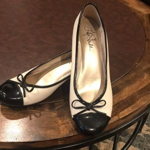 NWOT Life Stride Cream & Black Flats with Bow